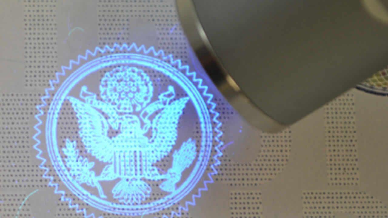 Techno : impression à l'encre UV pour sécuriser les certificats