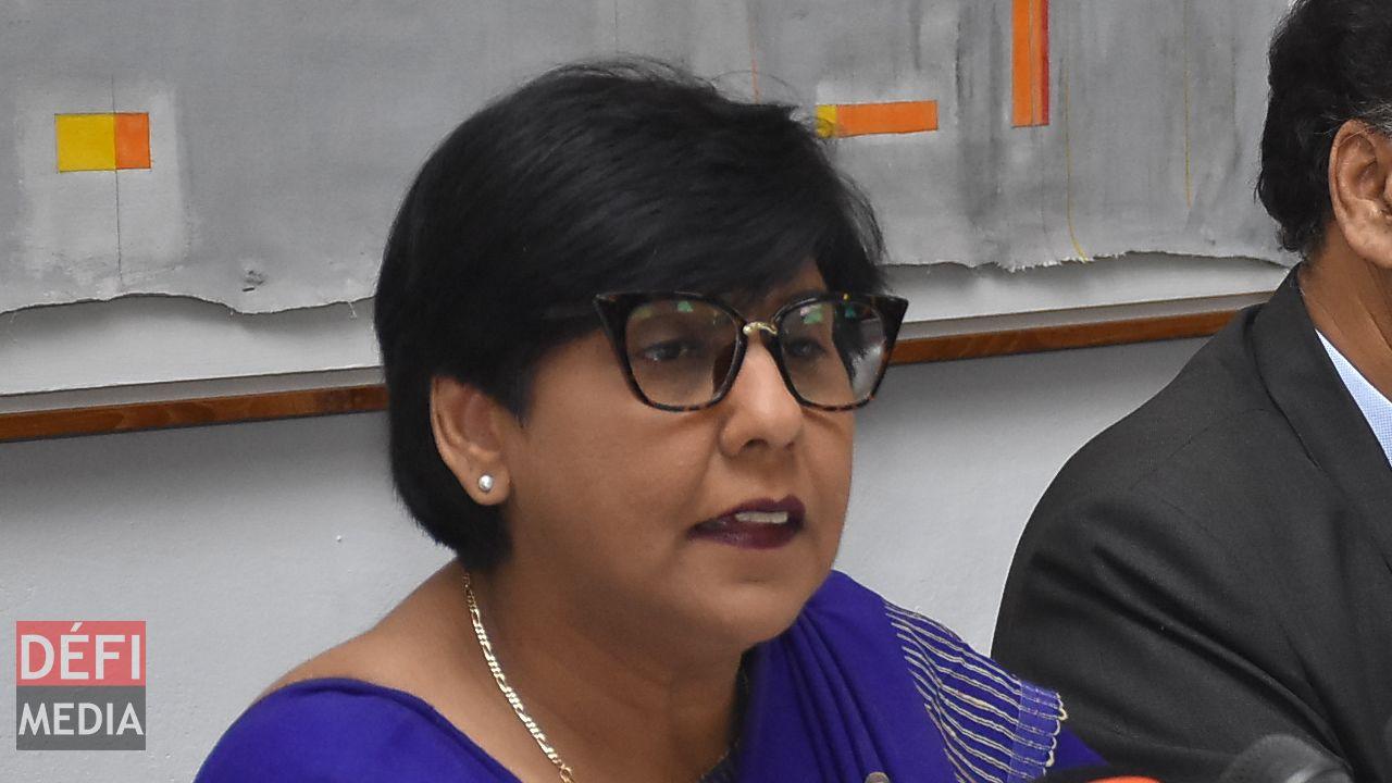 Gratuité des études supérieures – Leela Devi Dookun-Luchoomun : «Cette mesure a été introduite dans un souci d'équité»